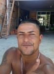 Julio, 38, Pelotas