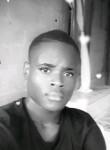ANDIX , 21, Libreville