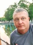 Andrian, 40, Luhansk