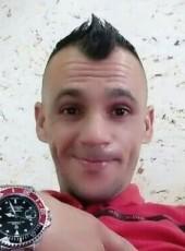 Saadi, 18, Algeria, Ech Chettia