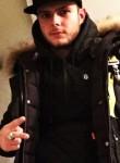 Zack78i, 25  , Cergy-Pontoise
