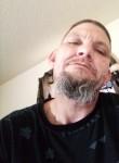Daddy, 37, Paris