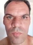 Basevi, 40  , Brasilia