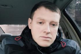 Zhenya, 32 - Just Me