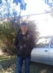 Artur , 26  , Mariupol