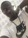 adam, 28, Bamako