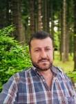 Haidar, 33  , Doorn