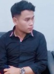 Kongsak, 23  , Ban Phan Don