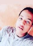 Nabil , 22  , Niamey