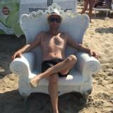Luciano , 46  , Cercola