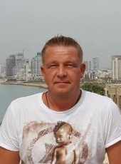 Andrey, 49, Russia, Saint Petersburg