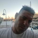 Gionatan , 38  , Luino