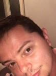 Alexandre, 36  , Taverny