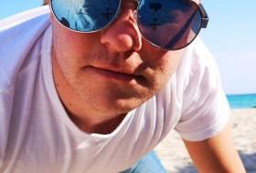 Eugen, 31 - Just Me