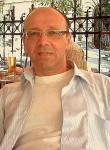 Valer, 54  , Budapest