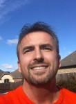 Roy, 47, Arlington (State of Texas)