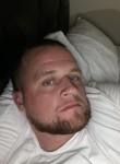 Tommy, 36, Corona