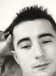 Erwan, 24  , Les Essarts-le-Roi