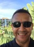 Gustavo, 51  , Pereira
