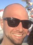 alex, 29  , Santa Ana