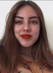 Léa, 18  , Geneve