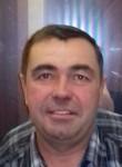 Konstantin, 48, Moscow