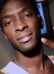 Ismaël, 23  , Romorantin-Lanthenay