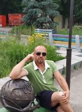 Vladimir, 44, Russia, Yalta