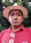 Domingos seveto, 51  , Brasilia