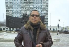 Oleg, 48 - Just Me