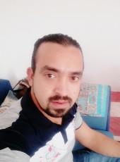 Bombo, 34, Egypt, Cairo