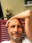 claude, 45  , Montpellier