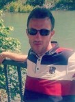 Mustafa, 39, Batman