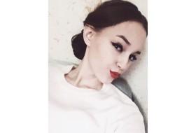 Katerina , 21 - Just Me