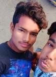 Baseer, 18  , Lucknow