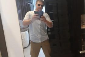 Igor, 34 - Miscellaneous