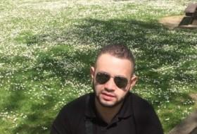 Amine, 32 - Just Me
