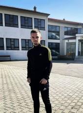Lalii, 20, Kosovo, Gjakove