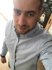 Tom, 29, France, Metz