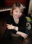 Elena, 45  , Ostrov