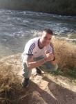 Raul, 36  , Toledo