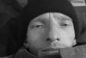 Vova, 43 - Just Me