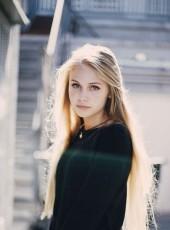 Liana, 18, Russia, Belovo