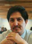 CÉSAR , 45  , Santiago
