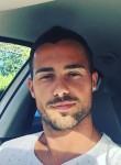 Juan, 29  , Paris