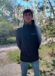 Artyem , 29  , Azov