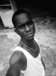 Yann, 25  , Libreville