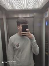Adrian, 18, Spain, Lugo