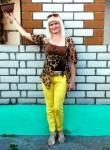 Mila Rzheutskaya, 40  , Krupki