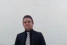 Sergio, 18 - Just Me